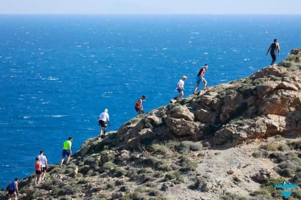 Η Χριστίνα Κουρή και ο Λουκάς Πρατίλας μας μιλάνε για το Naxos Trail Race 2019!