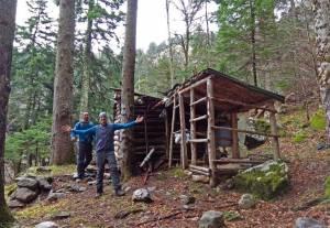 Ηλίας Καλαϊτζής: Η αναζήτηση της Θρυλικής Καλύβας Μυστακίδη – Ρήγου
