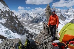 Φώτης Θεοχάρης: Το χρονικό της αποστολής στα Κ2 (8611m) & Broad Peak (8047m)!